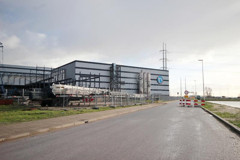 Bâtiment du nouveau centre serveur de distribution de Hoogvliet dans Bleiswijk photo libre de droits
