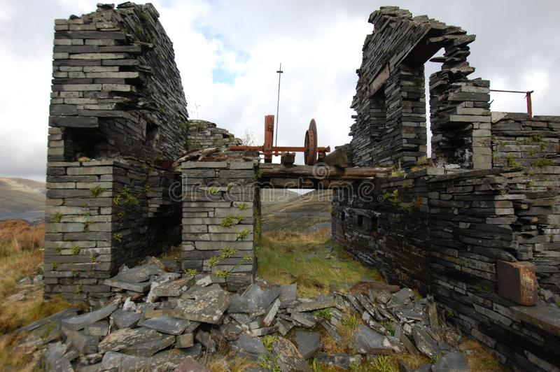 Bâtiment en ruine à Slate Mine Blaenau FfPalestinian Og Wales photos stock