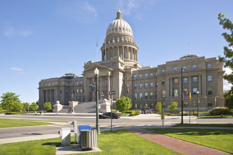 Bâtiment et parc de capitol d'état de Boise Idaho image stock