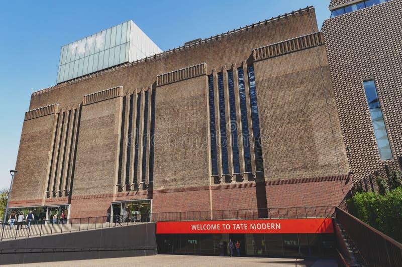 Bâtiment extérieur de Tate Modern, musée d'art moderne et contemporain à Londres, R-U images libres de droits