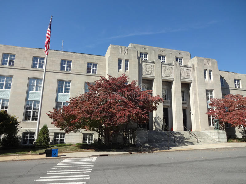 Bâtiment fédéral et tribunal des USA à Asheville, la Caroline du Nord photos libres de droits