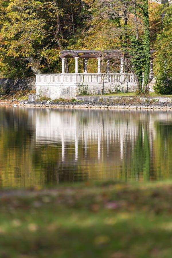 Bâtiment historique au lac Kochelsee photographie stock