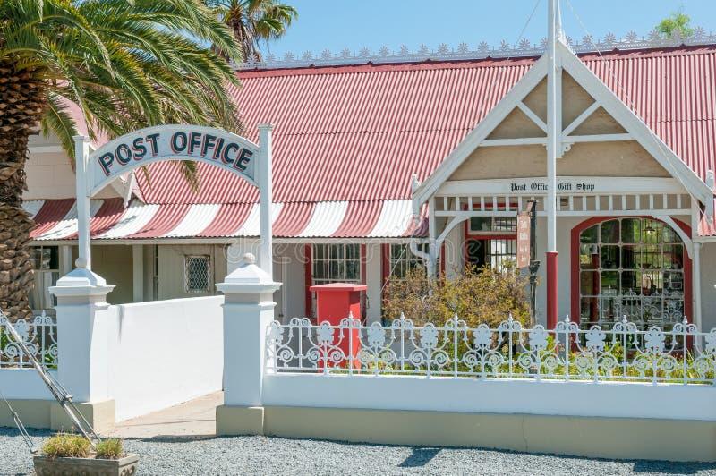 Bâtiment historique de bureau de poste dans Matjiesfontein images stock