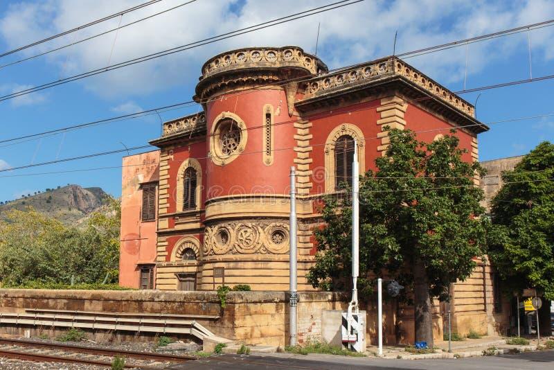 Bâtiment historique en Santa Flavia photo stock