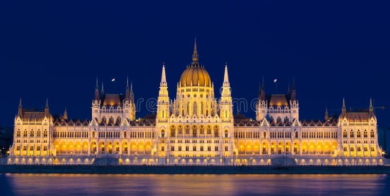 Bâtiment hongrois du Parlement - Budapest photographie stock libre de droits