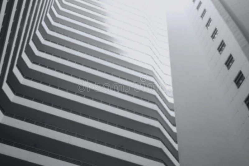 Bâtiment moderne dans le concept de tache floue photo stock