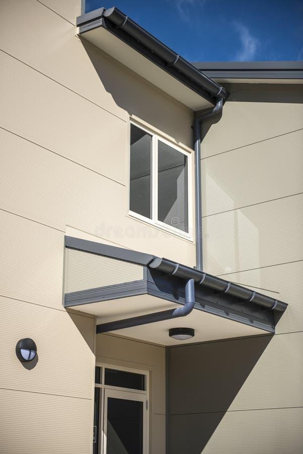 Bâtiment moderne de détail d'architecture photo stock