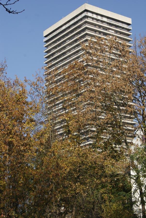 Bâtiment parisien image stock