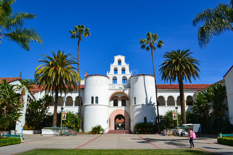 Bâtiment principal Hepner Hall sur San Diego State University Campus photo stock