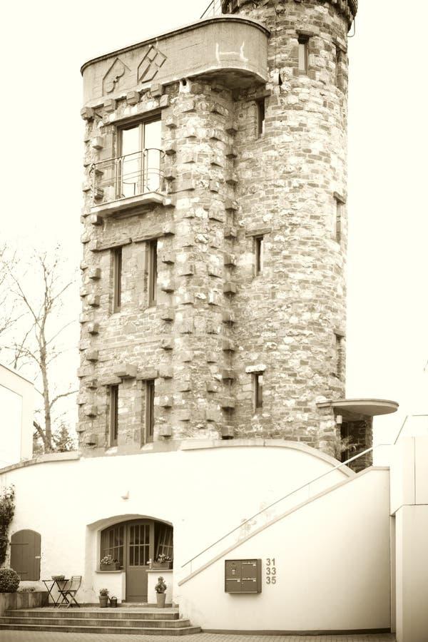bâtiment résidentiel comme une tour image libre de droits