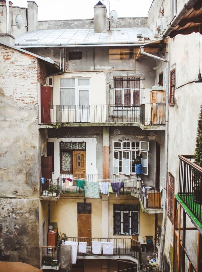 Bâtiment résidentiel de taudis photographie stock libre de droits