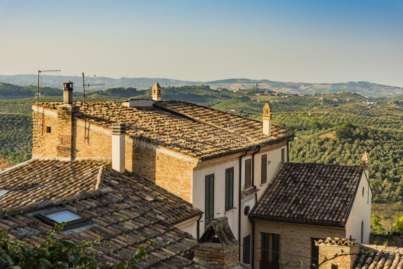 Bâtiment résidentiel en Loreto Aprutino Italy image libre de droits