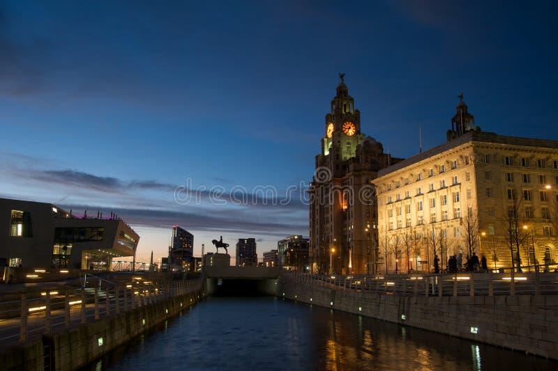 Bâtiment royal de foie de Liverpool images stock