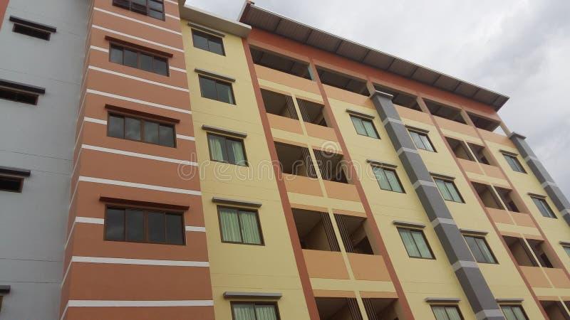 Bâtiment, rue, couleur, fenêtre, porte, pièce photo stock