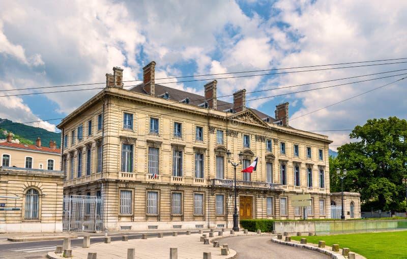 Bâtiment sur l'endroit De Verdun à Grenoble images libres de droits