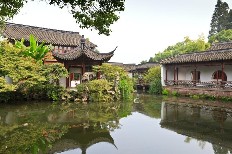Bâtiment traditionnel chinois de jardin à Hangzhou images libres de droits
