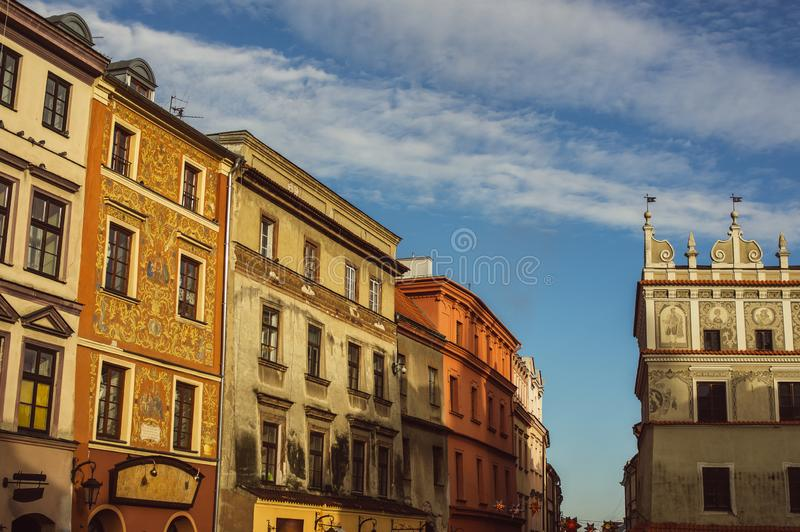 Bâtiments au vieux centre de Lublin, Pologne images stock
