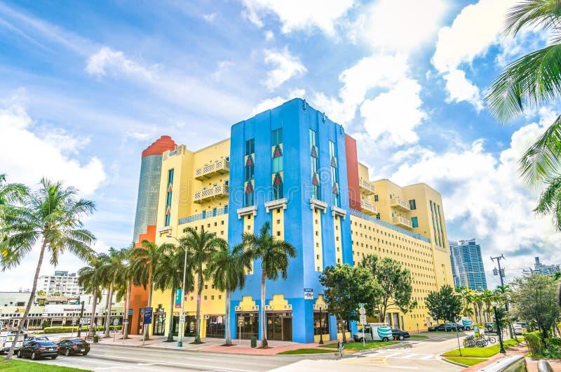 Bâtiments d'art déco à Miami photographie stock