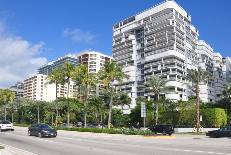 Bâtiments de Miami Beach en ville photo stock