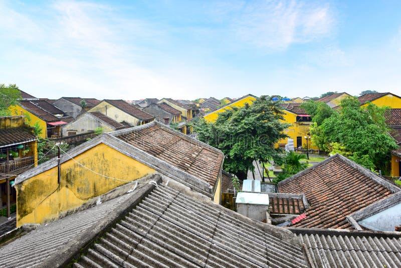 Bâtiments en ville antique de Hoi An images stock