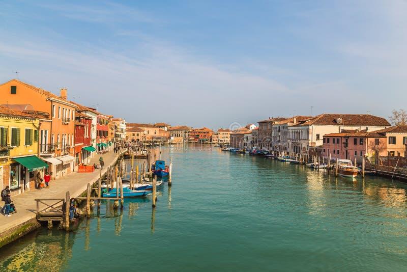 Bâtiments et ports dans Murano image libre de droits