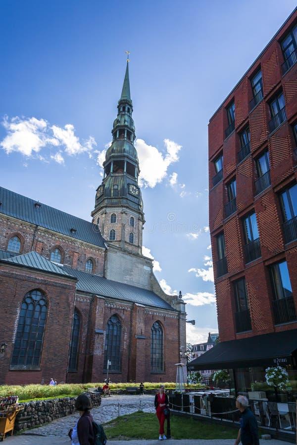 Bâtiments historiques à vieux Riga images libres de droits