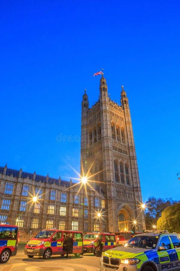 Bâtiments historiques magnifiques à Londres : Palais de Westminster images stock
