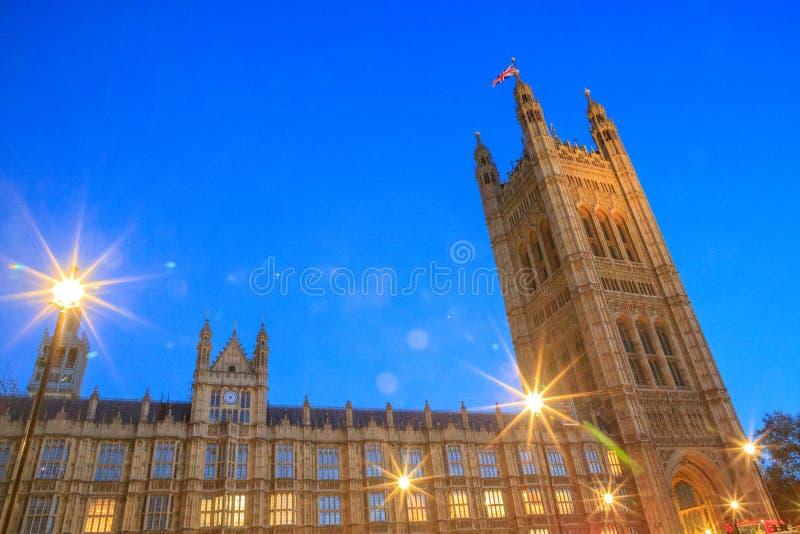 Bâtiments historiques magnifiques à Londres : Palais de Westminster image libre de droits