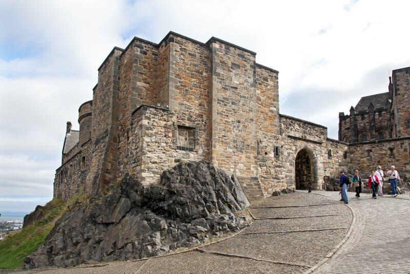 Bâtiments médiévaux dans le château d'Edimbourg, Ecosse images libres de droits