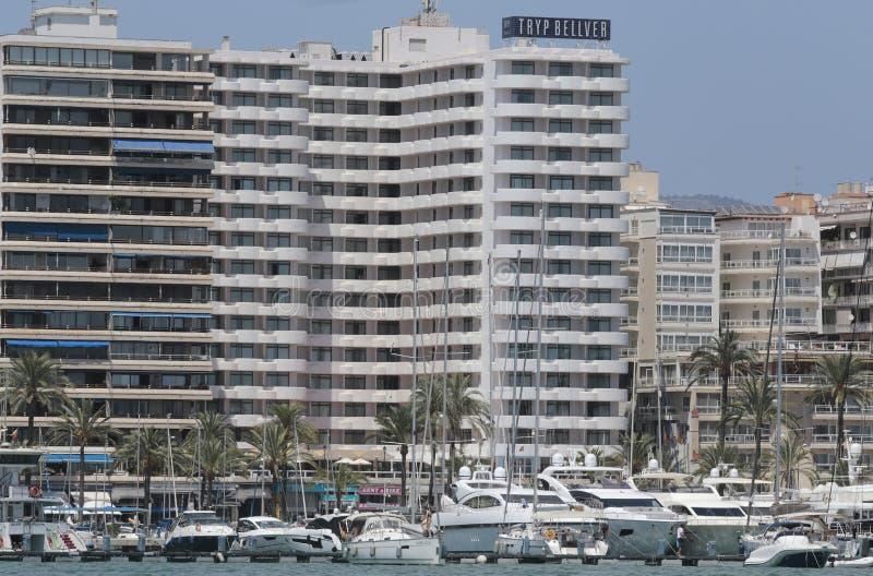 Bâtiments marins de promenade de Palma de Majorque au loin photographie stock