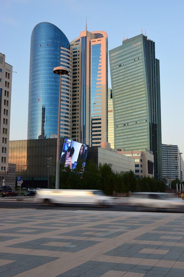 Bâtiments modernes de grille d'origine à Astana photos libres de droits
