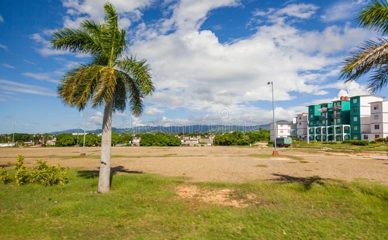 Bâtiments résidentiels de ville du Trinidad au Cuba central images libres de droits