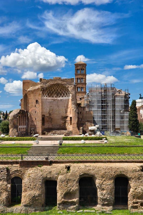 Bâtiments romains antiques à Rome Italie photographie stock libre de droits