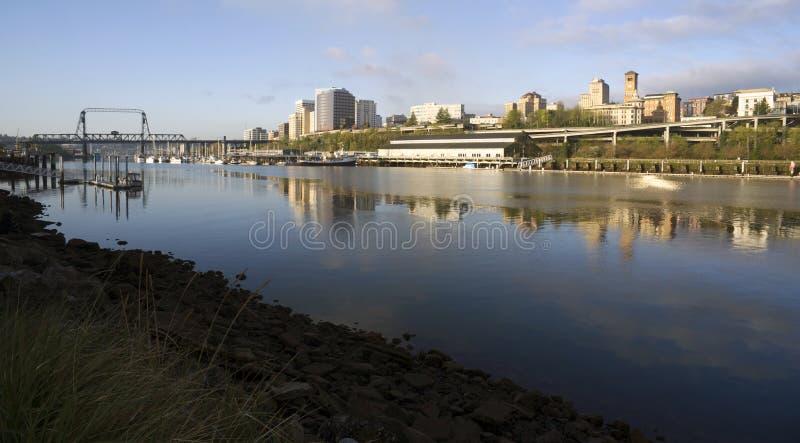 Bâtiments Tacoma du nord WA de Thea Foss Waterway Waterfront River photo stock