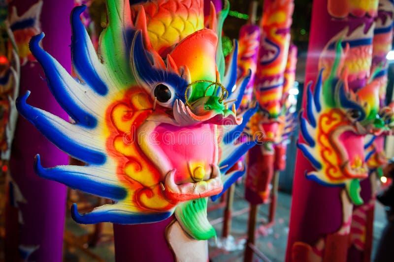 Bâtons d'encens chinois colorés photos libres de droits