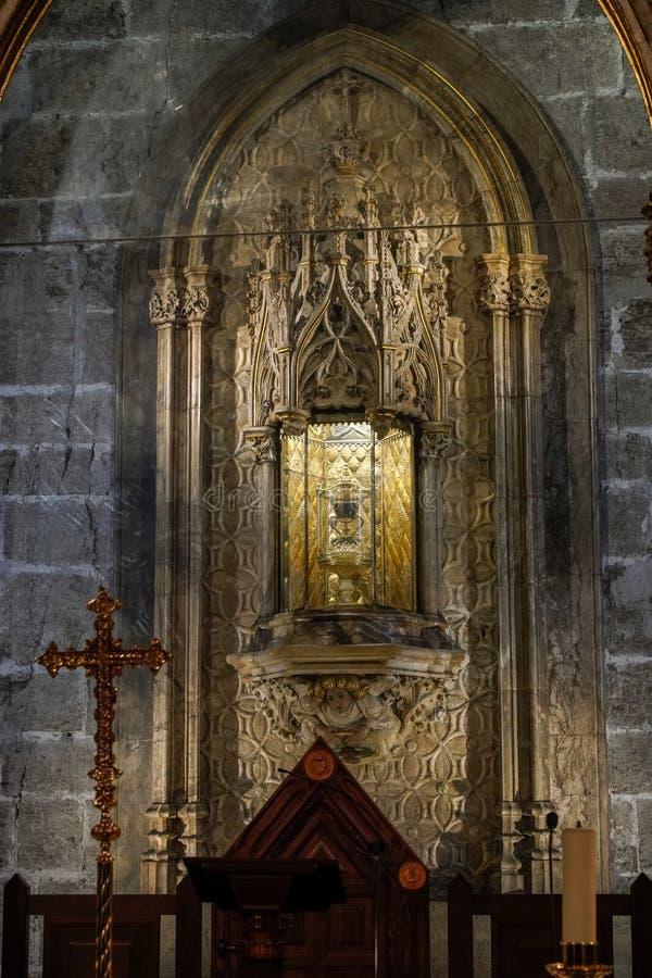 Bägaren för helig gral i domkyrkan i Valencia Spain på Februari 27, 2019 royaltyfri foto
