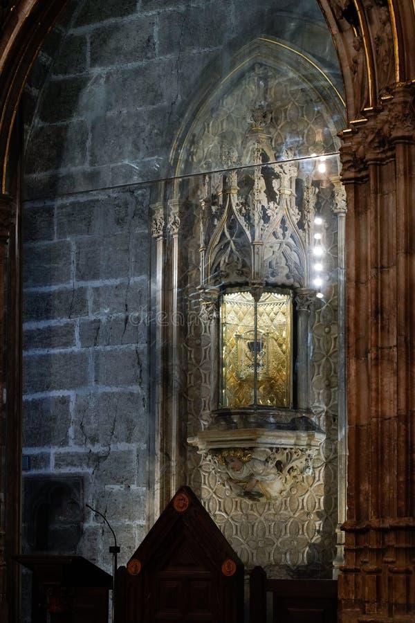 Bägaren för helig gral i domkyrkan i Valencia Spain på Februari 27, 2019 royaltyfria foton