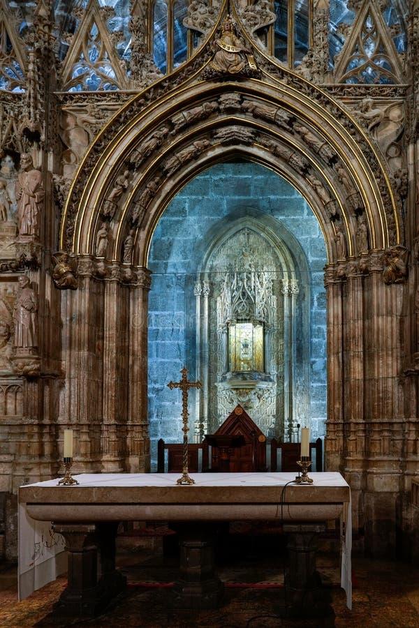 Bägaren för helig gral i domkyrkan i Valencia Spain på Februari 27, 2019 arkivbilder