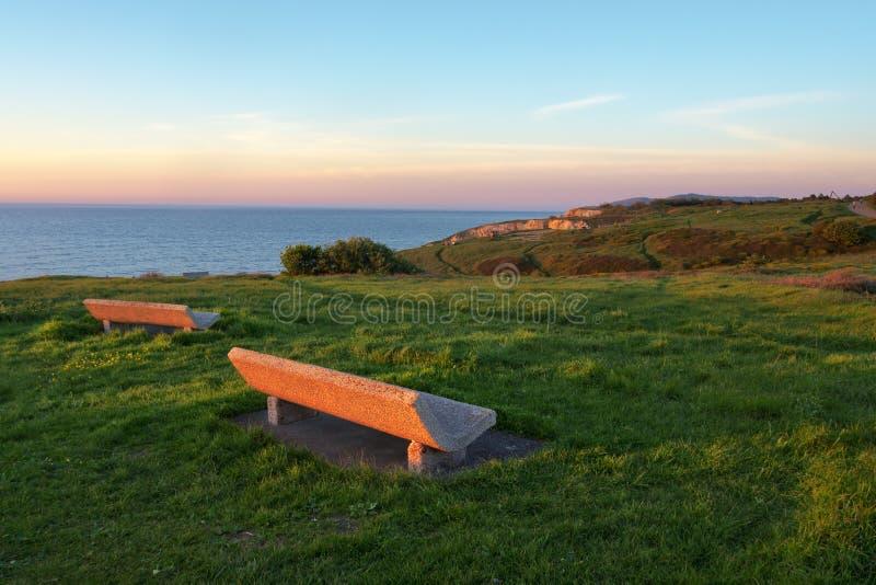 Bänkar med havssikt i Getxo royaltyfria bilder