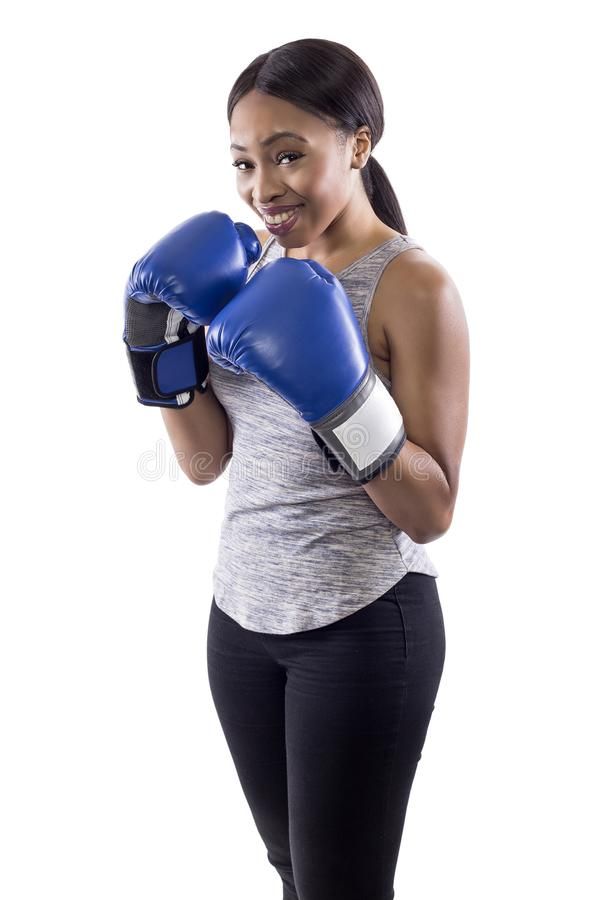 Bärande boxninghandskar för nervös svart kvinnlig fotografering för bildbyråer