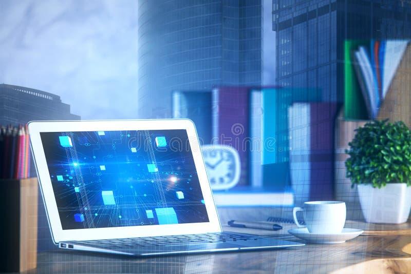 Bärbar dator med den digitala skärmen arkivbild