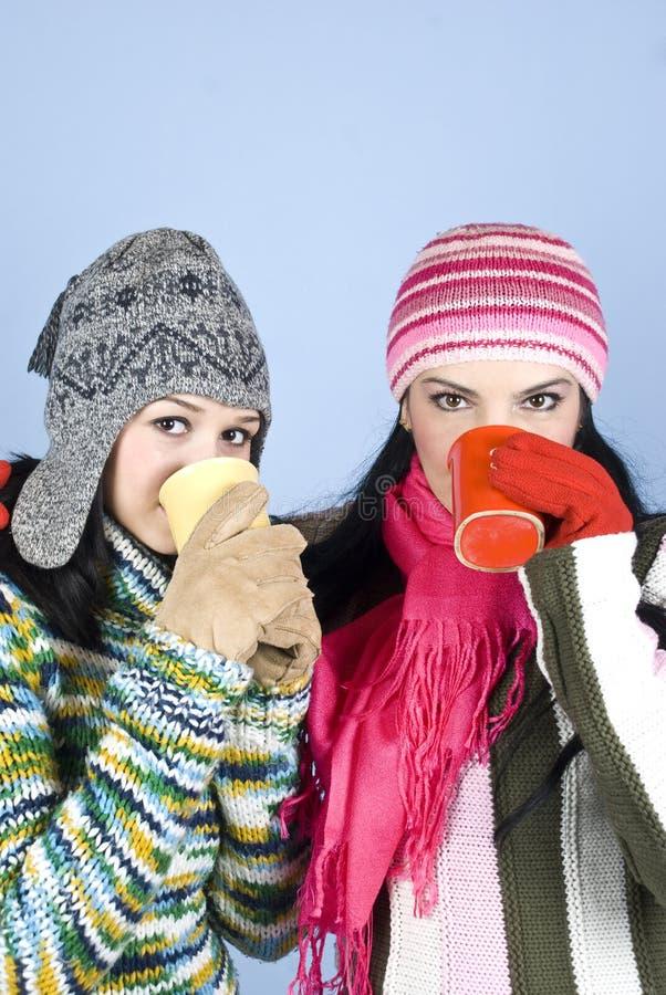 bäst varma drinkvänflickor arkivfoton