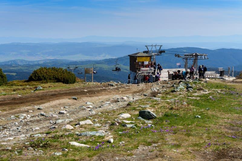 Bästa chairliftstation, Rilski Ezera, Rila berg, Bulgarien royaltyfri foto