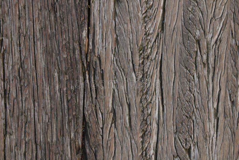 Bästa sikt av den wood banan för vita plankor över havet på porten Slut upp tappningdurktimmer royaltyfria foton