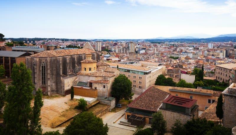 Bästa sikt av medeltida Girona arkivbild