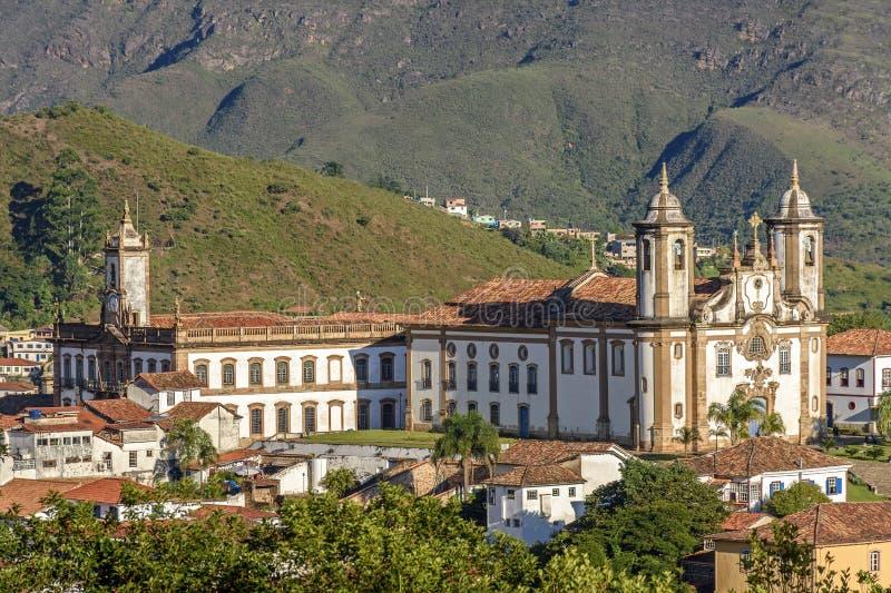 Bästa sikt av mitten av den historiska Ouro Preto staden i Minas Gerais, Brasilien arkivfoton