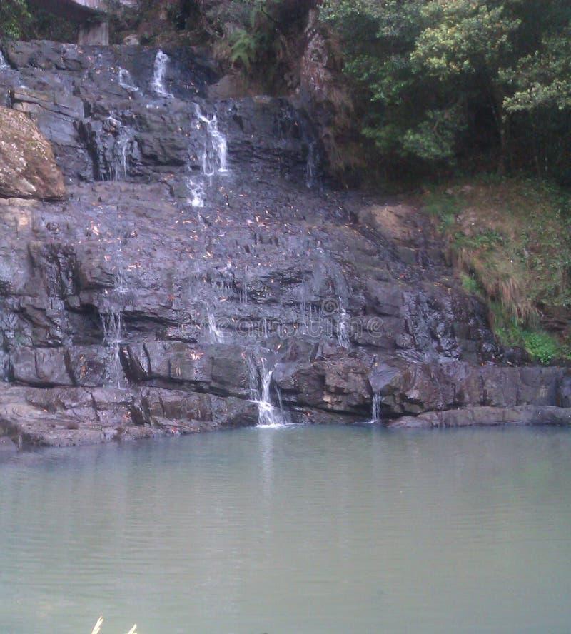 Bästa sikt av vattennedgången royaltyfria foton