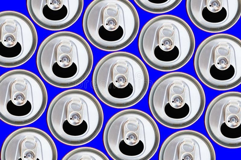 Bästa sikt för metalliska cans som återanvänder begrepp arkivfoto