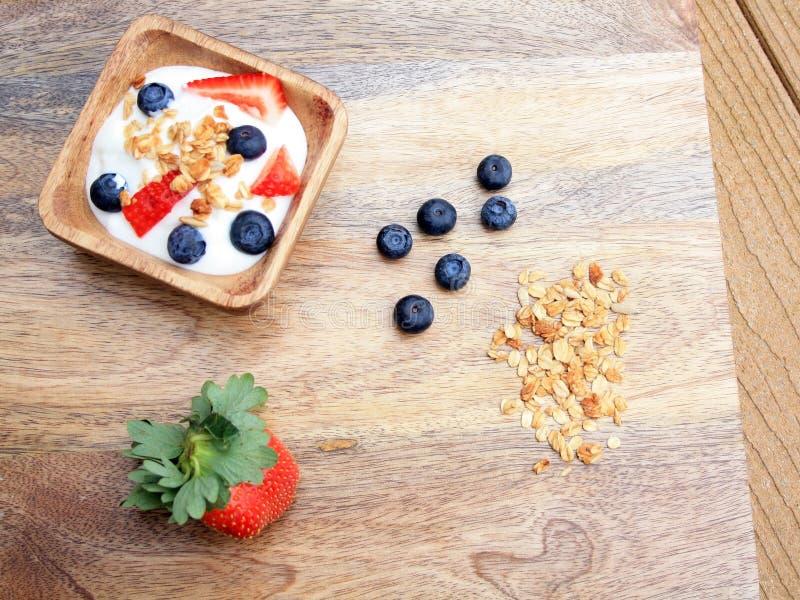 Bästa sikt för yoghurt royaltyfri foto