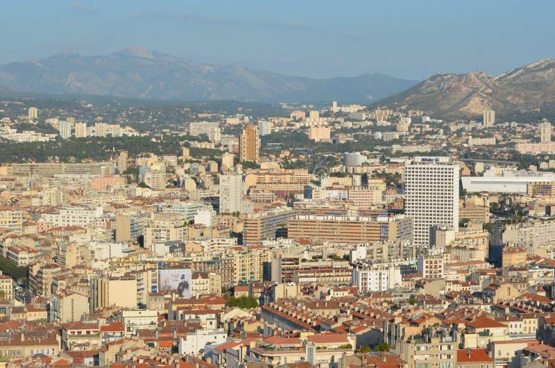 Bästa sikt ovanför staden av Marseille arkivfoto